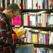 Els llibreters alerten que aquest any no hi ha cap 'best-seller' que pugui polaritzar la venda