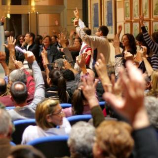 Votació ciutadana per a evitar el canvi de nom d el'Avinguda país Valencià.