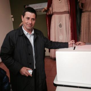 Manel votant