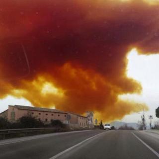 Espectacular imatge del núvol tòxic