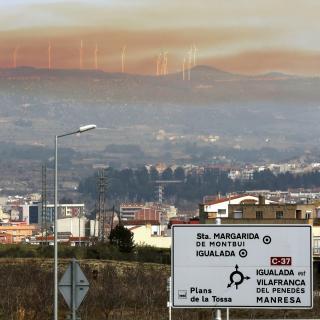 El núvol tòxic, enn una vista general prop d'Igualada