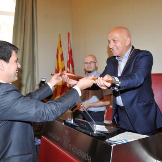 Marc Castells recull el ceptre que el converteix en alcalde per quatre anys més