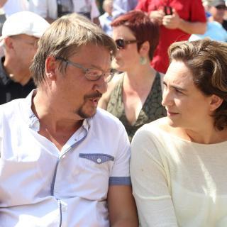 Xavier Domènech (En Comú Podem)  i Ada Colau en l'acte unitari a Sant Boi de Llobregat