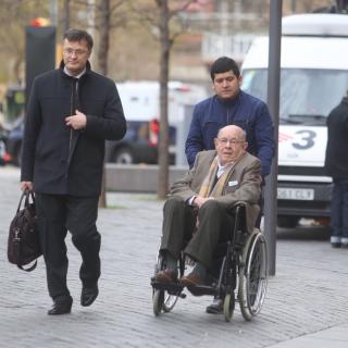 Fèlix Millet ha arribat en cadira de rodes a les 09.33 hores