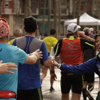 Marató de Barcelona 2017. Avituallament Km 20 Meridiana