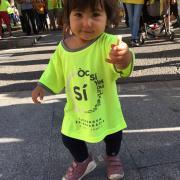 La petita Arlet Satorra a la manifestació