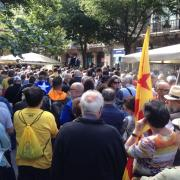 La Rambla de Catalunya de Barcelona plena de ciutadans que protesten per l'ofensiva de l'Estat contra Catalunya