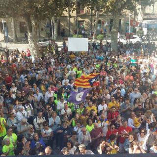 Marató per la Democràcia, davant de l'Ajuntament d'Arenys de Mar