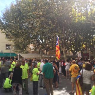 Marató per la Democràcia, davant de l'Ajuntament d'Òrrius