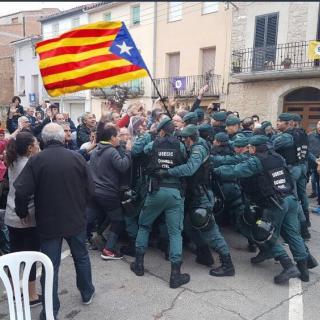 Carrega policial a Sabadell