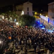Plaça Sant Pere, davant Policia Nacional