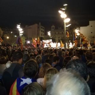 Concentració 17-O Girona, de la Plaça de la Constitució fins la Plaça de la Independència