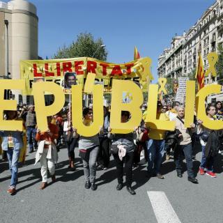 Manifestació multitudinària al centre de Barcelona pels drets i les llibertats