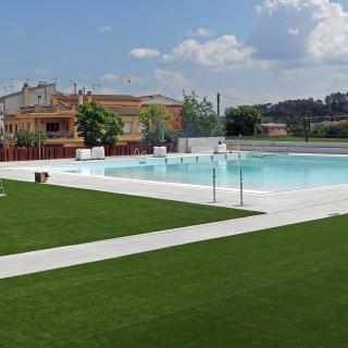 Nova piscina a Bescanó