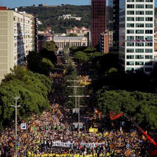 Milers de persones en els carrers de Barcelona per reclamar la llibertat de presos i exiliats