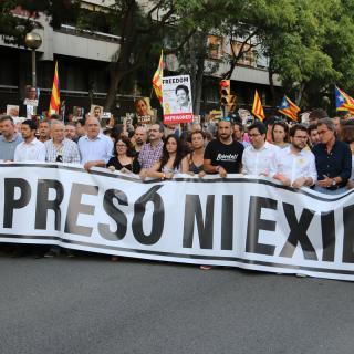 """La manifestació té per lema """"Ni presó ni exili, us volem a casa"""" i acaba davant la presó Model"""