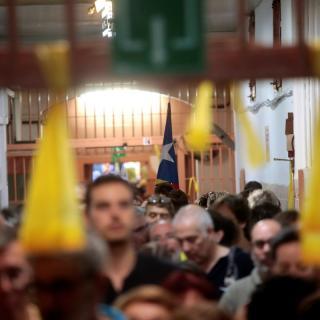 Els CDR entren a la Model per reclamar la llibertat dels independentistes presos