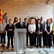 Pengen una pancarta contra el rei espanyol a la plaça Catalunya