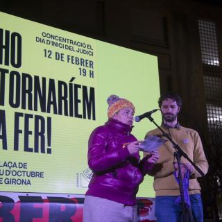 Concentració a Girona per l'inici del judici de l'1-O