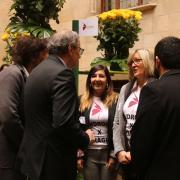El president Torra saluda a paradistes de les entitats d'iniciativa social