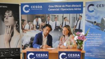 CESDA i Solanes Joier-Breitling han signat el conveni per premiar l'esforç dels joves pilots Foto:Cedida