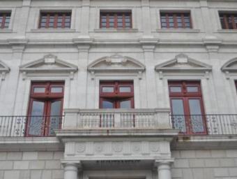 La façana de l'Ajuntament de Reus continuarà sense banderes Foto:Enrique Canovaca