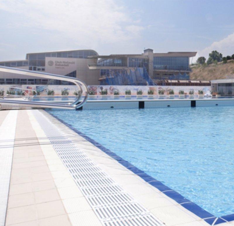 07 juliol 2010 el cn sabadell estrena la piscina for Piscina olimpia sabadell