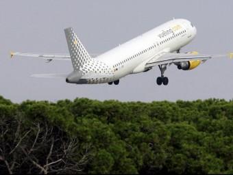 Una de les figures fiscals més novedoses és la que penalitza les emissions de l'aviació comercial.  Foto:ARXIU
