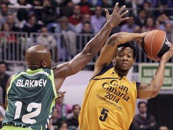Blakney i Green. El Gran Canària va assaltar Màlaga.  Foto:EFE