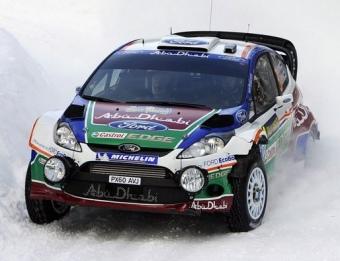 Hirvonen, en un tram del Ral·li de Suècia, camí del primer triomf del Ford Fiesta RS WRC. Foto:EFE