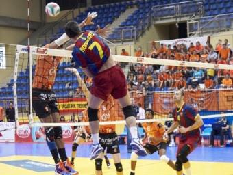 Fran Rodríguez, autor de 22 punts, en acció.  Foto:RFEVB