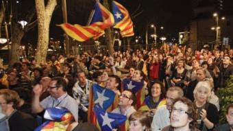 Voluntaris de Barcelona Decideix celebren els resultats a la Rambla Foto:ROBERT RAMOS