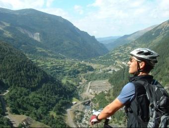 Pedals de Foc uneix els pobles, valls i llogarets de quatre comarques del Pirineu català: Val d'Aran, Alta Ribargorça, Pallars Jussà i Pallars Sobirà.  Foto:PEDALS DE FOC