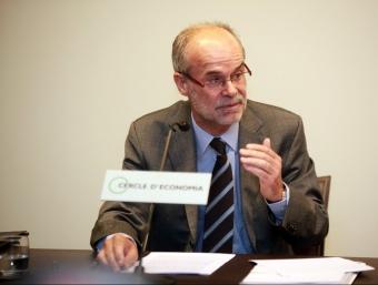 L'exconseller d'Economia, Antoni castells, ha defensat la seva gestió al govern tripartit davant una nodrida audiència al Cercle d'Economia.  Foto:L'ECONÒMIC