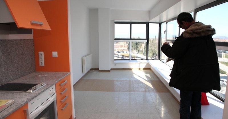 20 gen 2012 la caixa i catalunya caixa posen al mercat pisos redacci barcelona - Pisos de la caixa ...