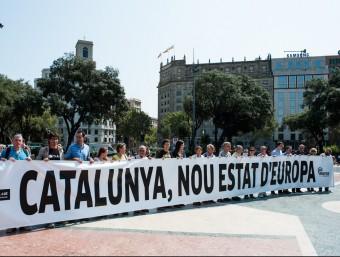 Manifestants pel dret a decidir, durant la Diada del 2012.  Foto:ARXIU