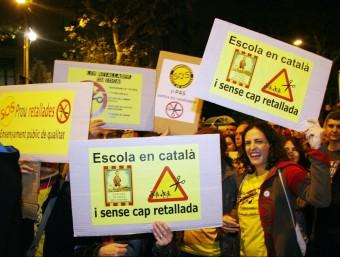 La setmana de la vaga general (la segona en menys de vuit mesos) ha portat també el pedaç del govern espanyol per mirar de frenar el drama dels desnonaments.Per la seva part, el comissari europeu Olli Rehn ha dit que de moment no exigiran més retallades a Espanya.  Foto:EFE /ARXIU