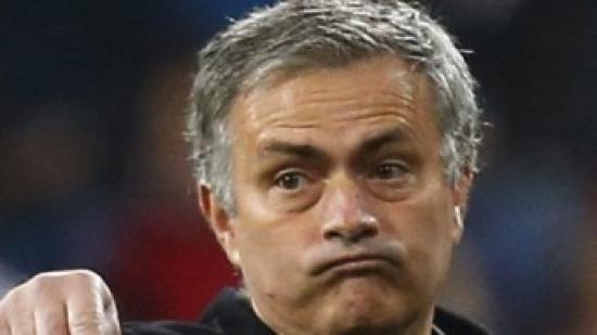 Mourinho, donant instruccions en un partit Foto:EFE