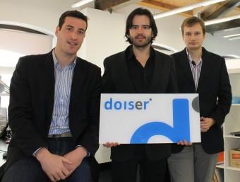 Ignasi Comellas, Òscar Puig i Daniel Otero, a la nova seu de Doiser ubicada a Terrassa.  Foto:JORDI ALEMANY