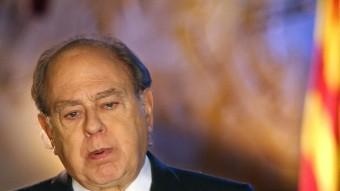 El president lòngeve.  Foto:JORDI PUJOL EL 2002 ADREÇANT-SE ALS CATALANS DURANT EL TRADICIONAL DISCURS DE CAP D'ANY. EFE