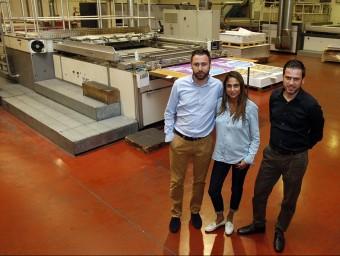 Els germans Alberto, Ana i Juan Manuel García porten la part comercial, financera i de producció de l'empresa familiar.  Foto:ORIOL DURAN