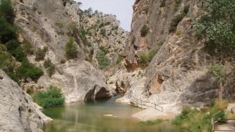 L'entorn de la Fontcalda té un gran valor geològic. Foto:EL PUNT AVUI