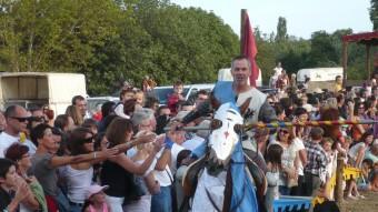 Torneig medieval durant la 20a edició del festival Terra de Trobadors a Castelló d'Empúries Foto:ALBERT VILAR