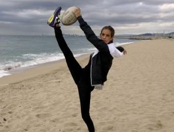 Ona Carbonell en una imatge en la que promociona el rugbi Foto:EL 9