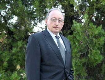 Jesús Loma-Ossorio relleva Joan Pedrerol en la presidència de l'Aeqt.  Foto:JUDIT FERNANDEZ