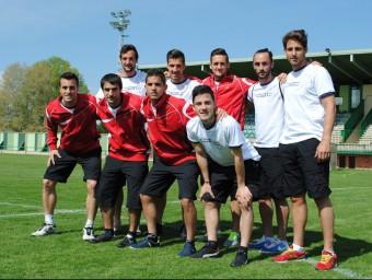 Els nou jugadors que no havien competit abans amb la selecció amateur, ahir a l'Albuera Foto:ÁLVARO MONTOLIU / FCF