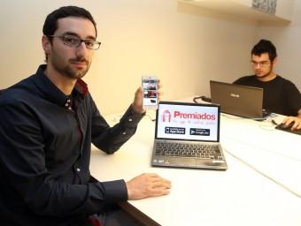 Abel Font explica que Premiados ha aconseguit arribar a les 20.000 descàrregues en sis mesos.  Foto:JUANMA RAMOS