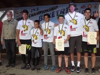 Els joves catalans guanyadors del campionat Foto:L'ESPORTIU