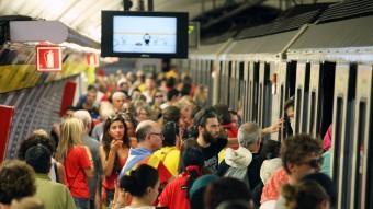 El metro durant la Diada Foto:ELISABETH MAGRE