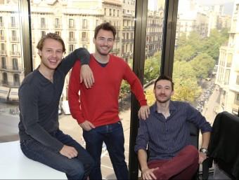 Els tres socis fundadors de GetYourHero, Sebastian Gmelin, Sebastian Janus i Henrik Beckmann.  Foto:ANDREU PUIG